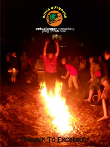 firewalk, outbound, outbond, percaya diri