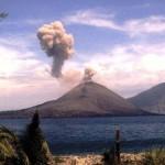 dermaga canti, gunung krakatau, wisata krakatau, jalan - jalan ke krakatau, trip ke krakatau, snorkling di krakatau, pulau sebesi, pulau sebuku, pulau umang