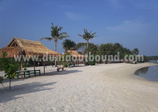 pantai perawan, pulau pari, kepulauan seribu, dunia outbound