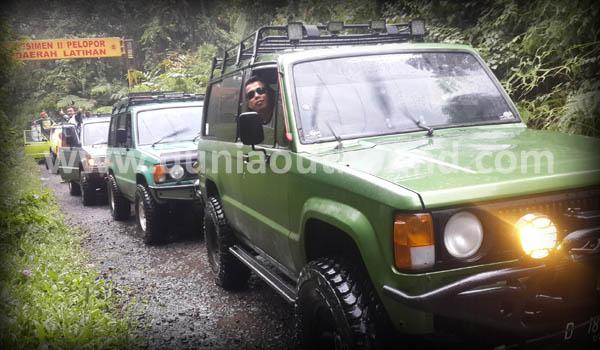 Jeep Trip Adventure : Nikmati Wisata Alam dari atas Jeep 4WD