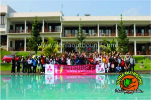 firewalk, outbound sinar sakti metalindo, dunia outbond, team building, outbound games, paket outbond, outbound mitsubishi
