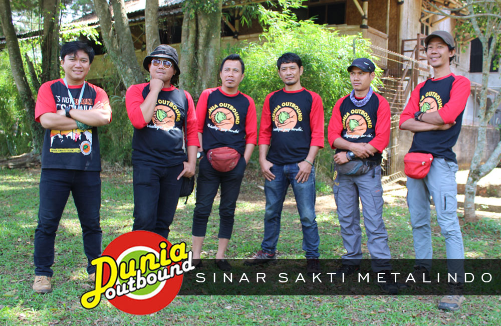 firewalk, outbound sinar sakti metalindo, dunia outbond, team building, outbound games, paket outbond