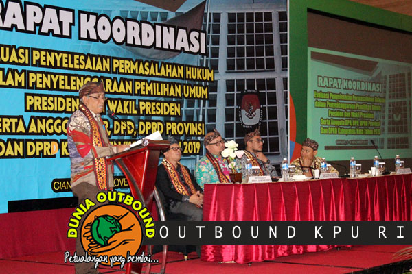 sambutan peserta outbound kpu ri