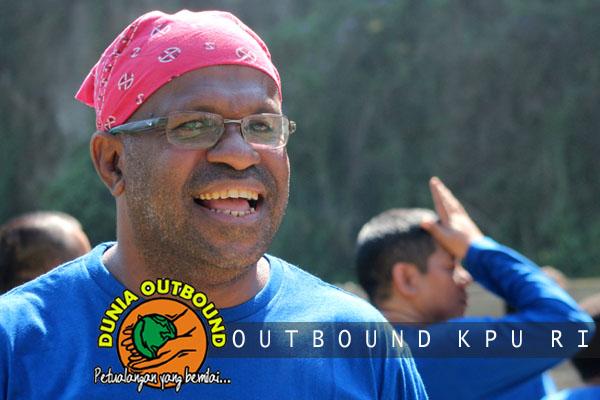 peserta outbound kpu dari Papua