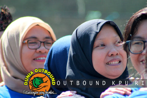 team hukum kpu outbound di puncak